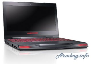 Vacharvum e Dell Alienware AM11x-826CSB